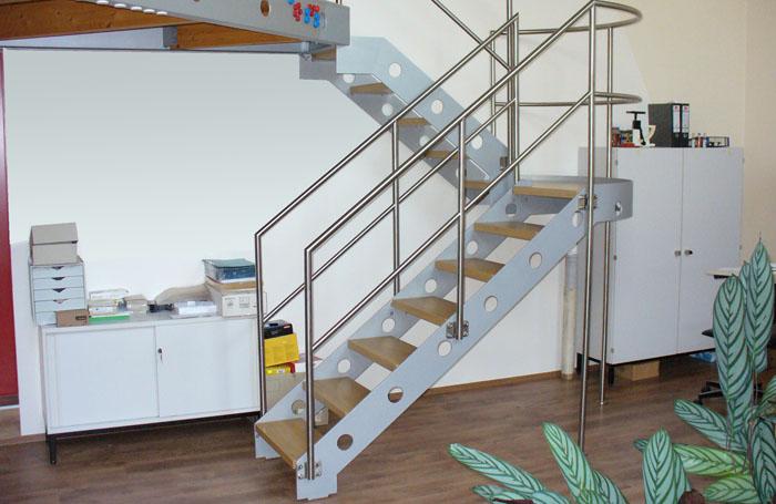 treppen und podeste metallbau b rmann. Black Bedroom Furniture Sets. Home Design Ideas